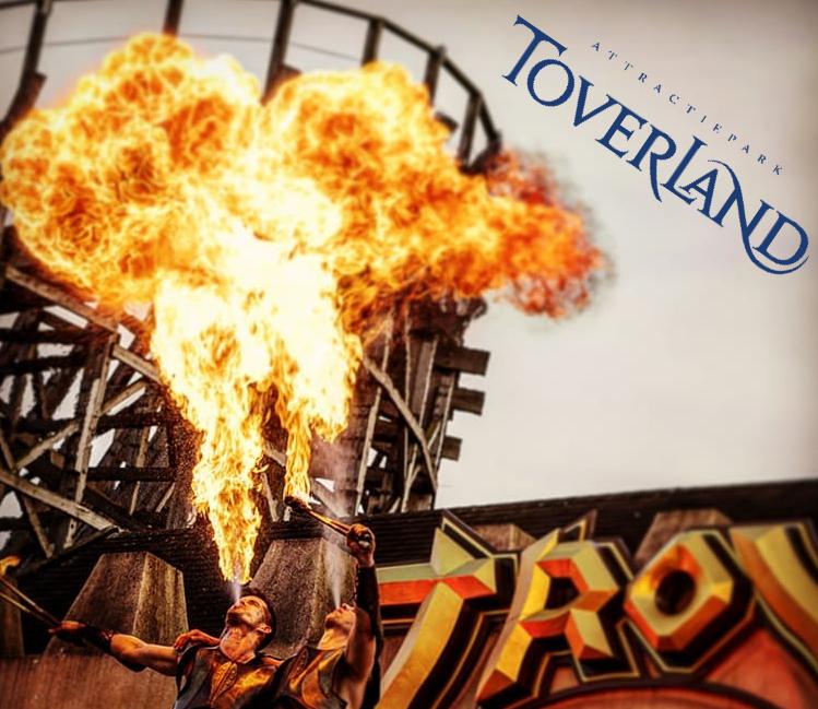 Vuurshow Choreografie Attractiepark Toverland - cursus vuurspuwen